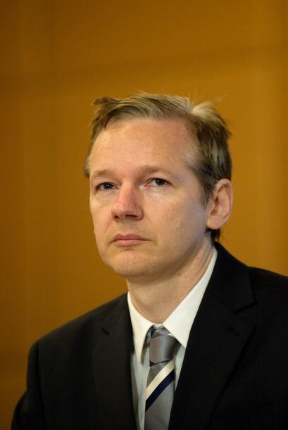 El fundador de WikiLeaks, Julian Assange, obtuvo la libertad bajo fianza...