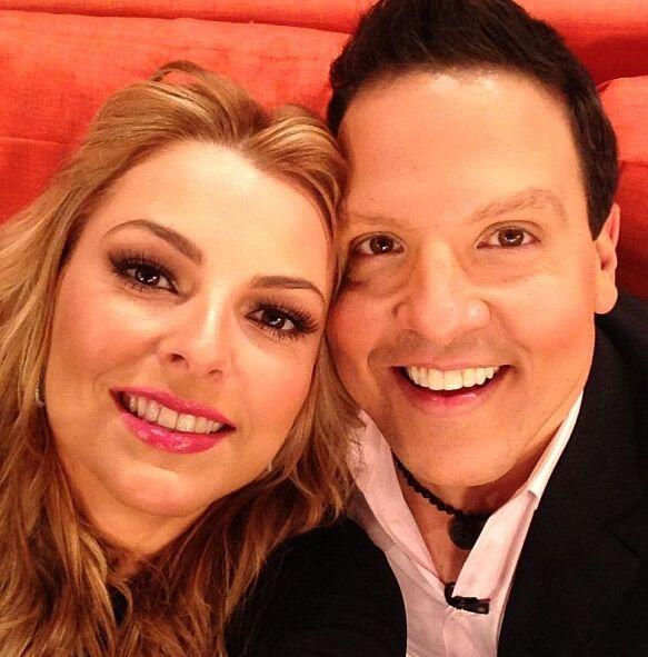 """""""Con mi amada Marjorie de Sousa en @despiertaameric ¡Venezuela presente!..."""