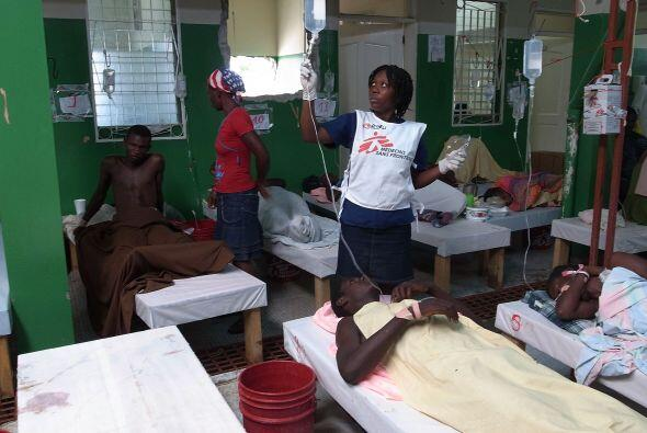 La cifra de personas hospitalizadas a causa de la enfermedad ascendi&oac...