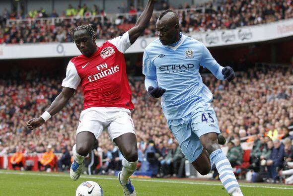 En duelo clave, el Arsenal se enfrentó al Manchester City que buscaba ga...