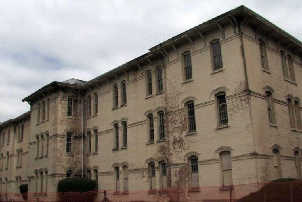 El Centro Psiquiátrico se encuentra en Salem, Oregon. Las autoridades es...