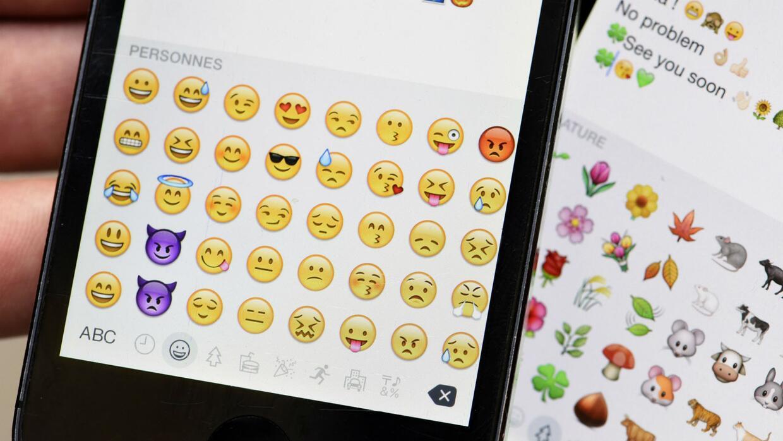 ¿Conoces el significado de los emojis que envías en los mensajes de texto?