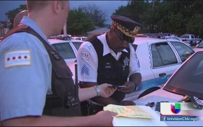 Más policías para vigilar las zonas más vulnerables de Chicago en agosto