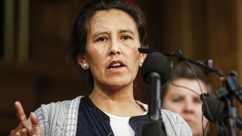 Madre refugiada en una iglesia para evitar su deportación pide a congres...