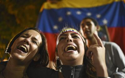Proyecta lo que quieres de tu iPhone GettyImages-Venezuela-Young-Voters.jpg