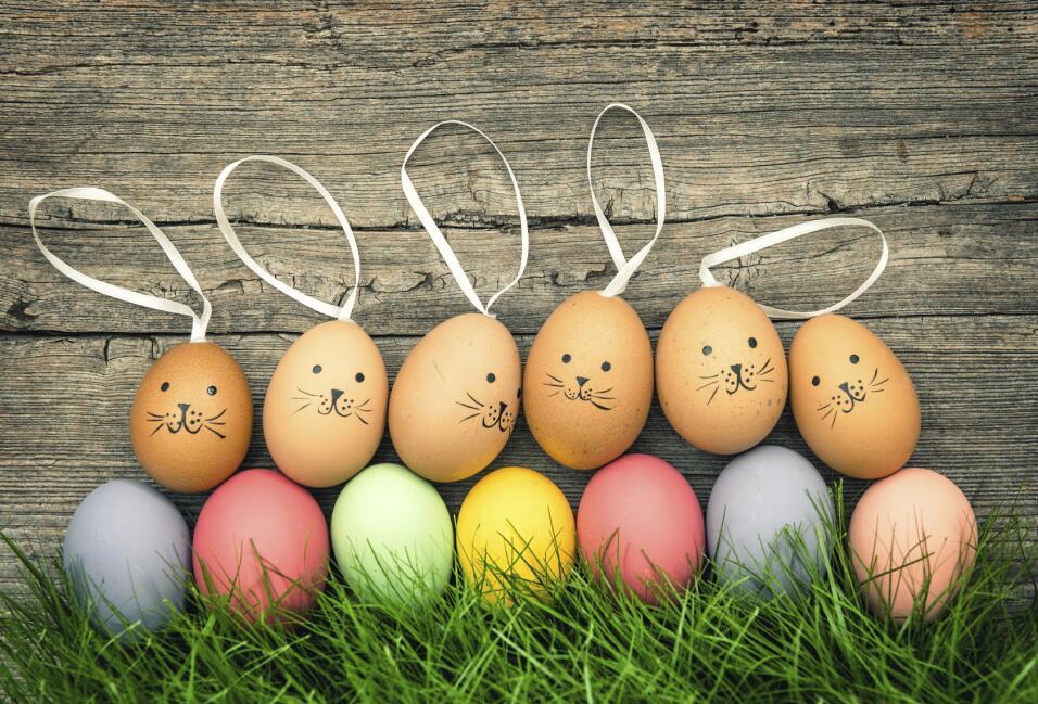 8 ideas f ciles para decorar huevos de pascua univision for Como pintar huevos de pascua