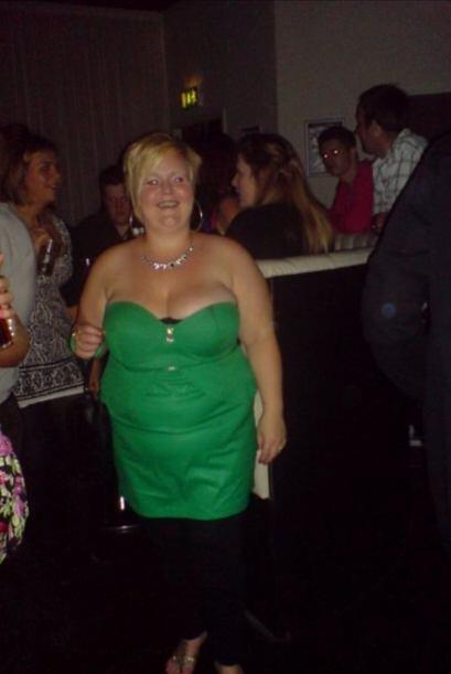 Emily logró bajar más de cien libras con la ayuda de su pe...