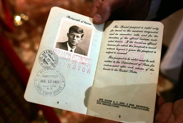 """""""Castro ordenó matar a Kennedy, porque en ello le iba la propia superviv..."""