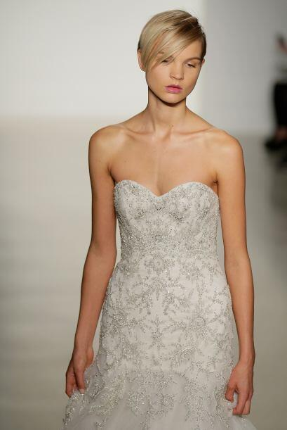 También vimos la 'Bridal Collection' de  Kenneth Pool, con muchas opcion...