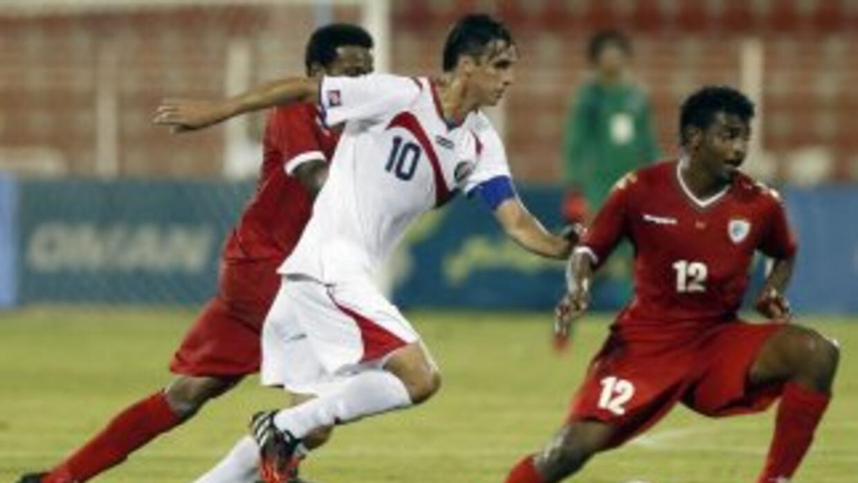 Bryan Ruíz en el juego que disputó Costa Rica ante Omán.