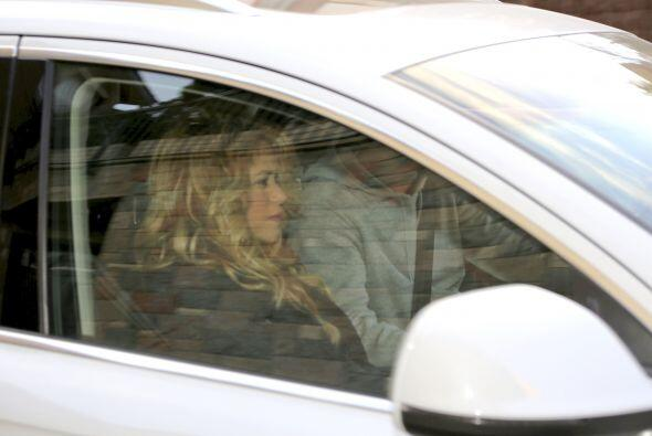 Estas fueron las últimas fotos de Shakira buscando a su hijo Milan en la...