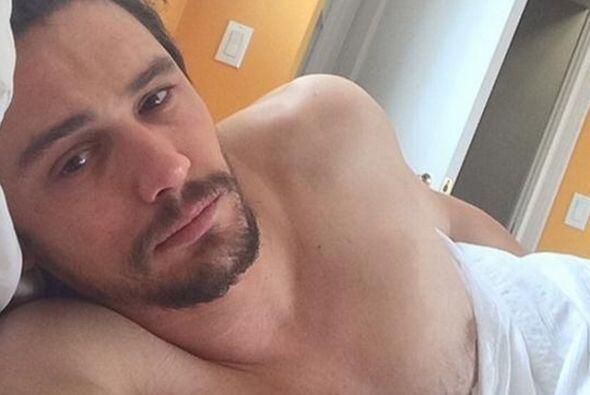 ¡James Franco es adicto a sacarse fotos en la cama! Esta es una de las m...