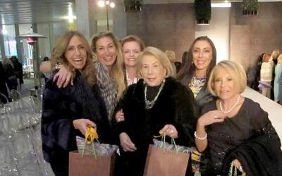 Lili Estefan disfrutó del glamoroso desfile de moda de Etro