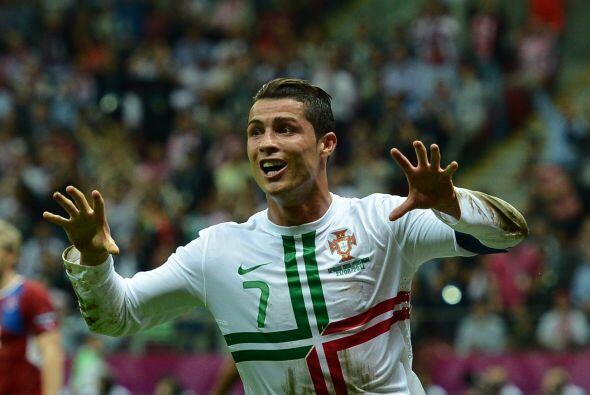 En la selección portuguesa, es la referencia indiscutible, a pesar de la...