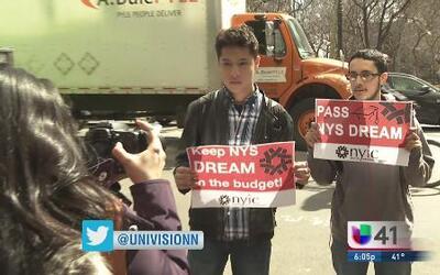 Dreamers inician huelga de hambre en NY