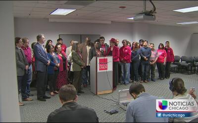 ¿Habrá huelga de maestros en Chicago?