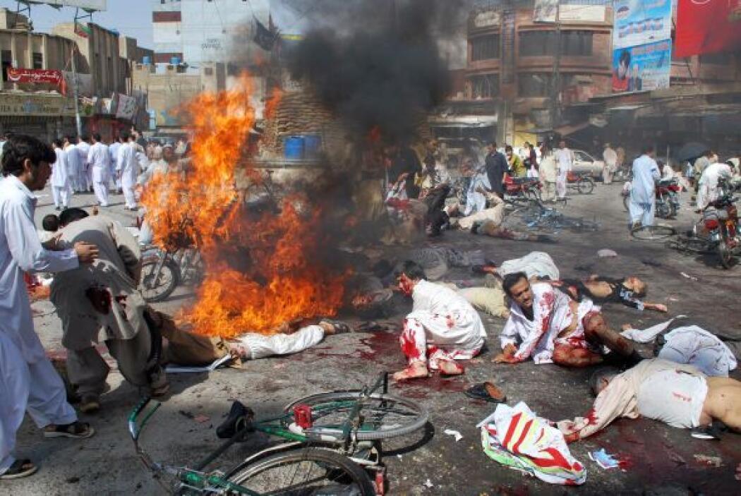3 de septiembre -59 muertos en tres ataques suicidas contra chiíes, el m...