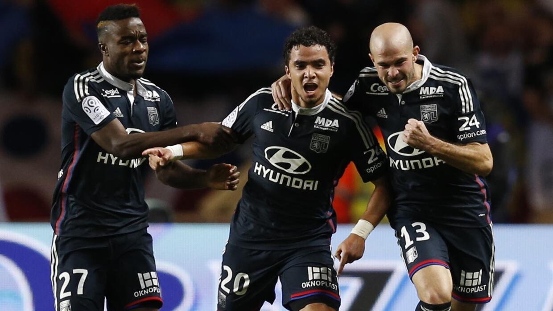 Rafael salvó al Lyon de una derrota.