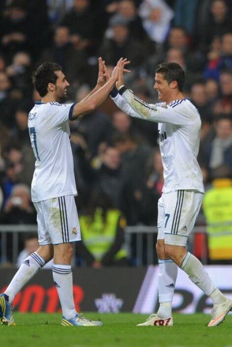 Cristiano resolvió con un toque solo contra el portero Sergio para poner...