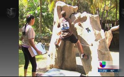 Celebran competencia de escalada en roca Puerto Rico