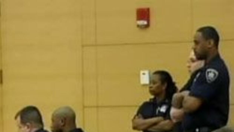Juez de Brooklyn libro del cargo de crimen de intolerancia racial a ases...