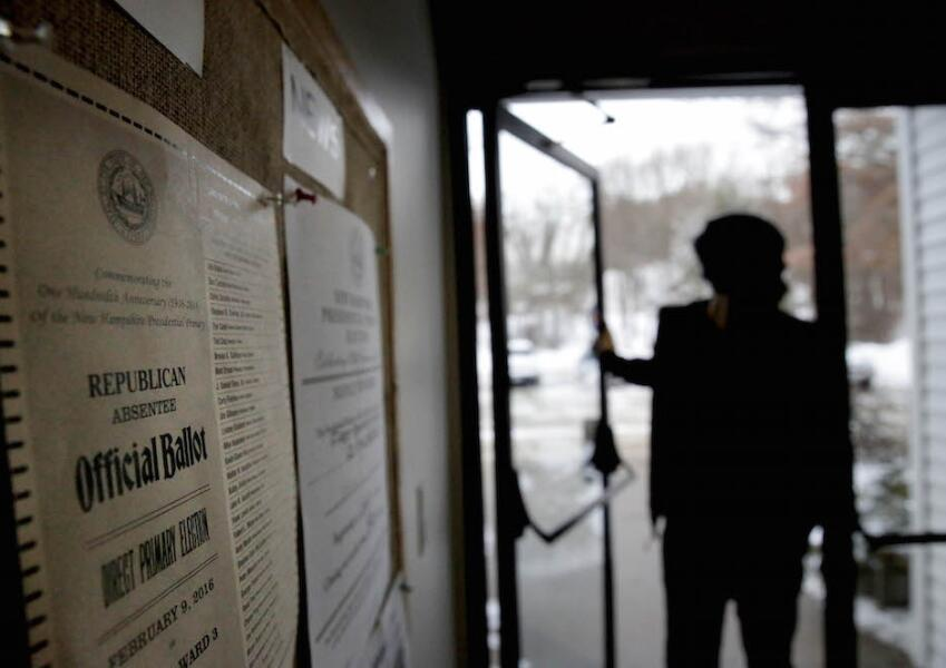 Votante en primarias de New Hampshire