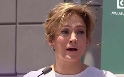 Jennifer López le pone precio a su amor y a prueba a su novio Casper Smart