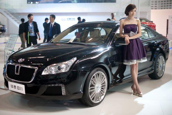 Lujo 100% local con el modelo 'B 11' del fabricante Hawtai Mootrs y clar...