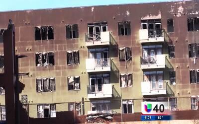 Continúa la investigación del voraz incendio al centro de Raleigh
