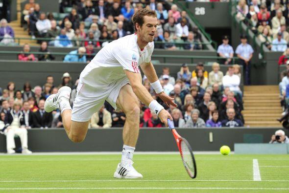 El primer set fue muy disputado y se decidió por 7-5 a favor de Murray,...