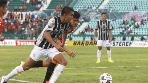Jesús Isijara firmó una espléndida jugada del Necaxa para el 2-0 de Neca...