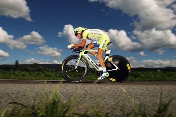 Entre los candidatos al podio final, el italiano Vincenzo Nibali (foto)...