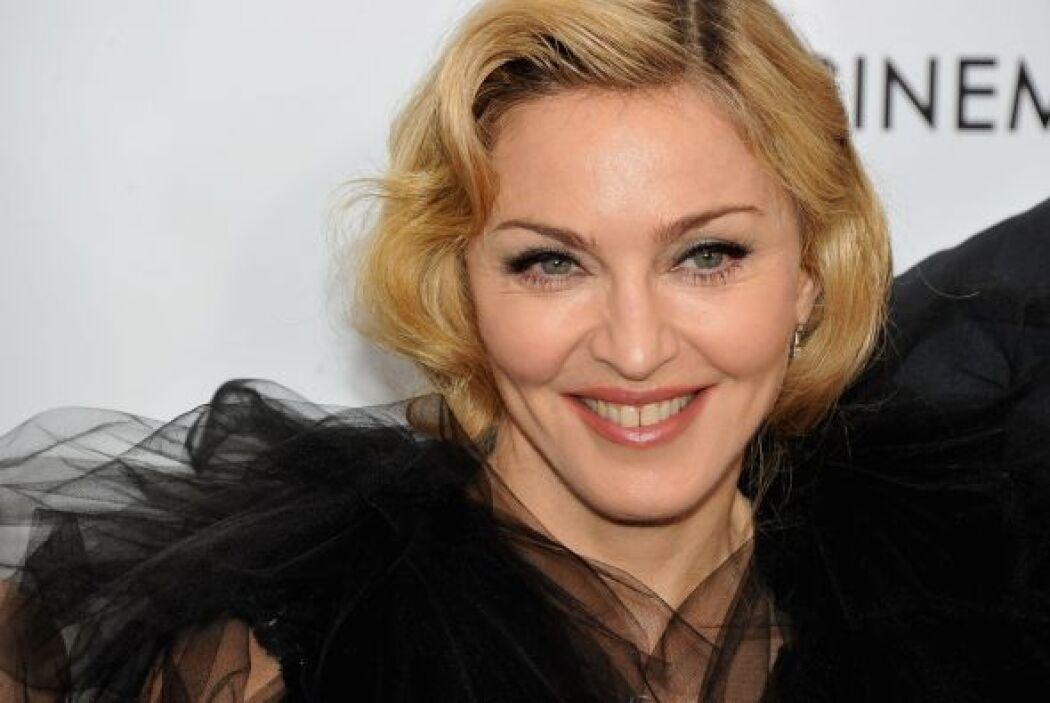 Aunque el peinado le vaya muy bien parece que Madonna es una mujer tan o...