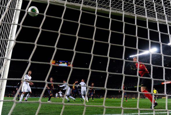 Inalcanzable para Pinto, que ni intentó el salto.