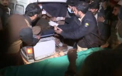 """""""Todo Pakistán está de luto"""" tras accidente aéreo"""