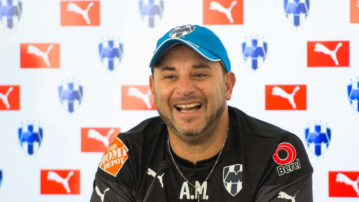 Antonio Mohamed.