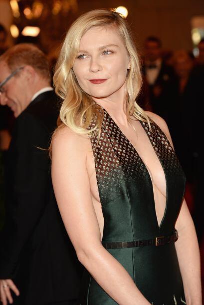 Kirsten Dunst fue muy cuidadosa al dejar al mínimo el maquillaje,...