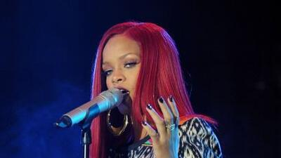 Rihanna hizo enojar a sus fans en Mónaco, pues llegó tres horas tarde a...