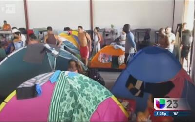 Cubanos siguen limbo migratorio en Panamá