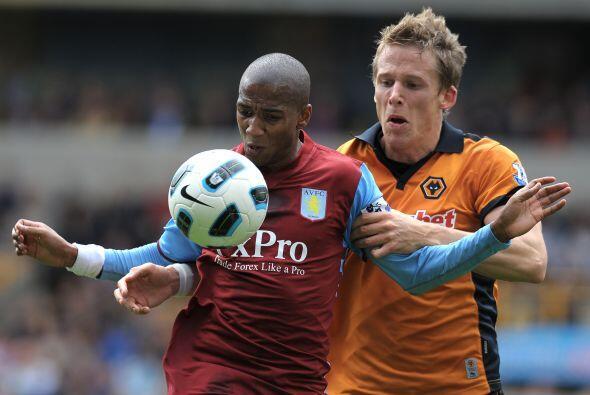 Asron Villa se metió al estadio del Wolverhampton.