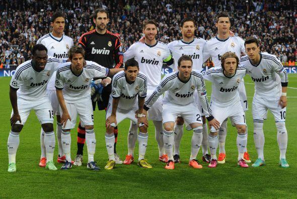 El estadio Santiago Bernabéu era testigo de cómo el Real Madrid intentó...