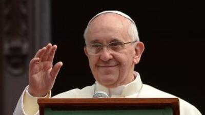El primer y esperado documento del pontificado del papa Francisco, se pu...