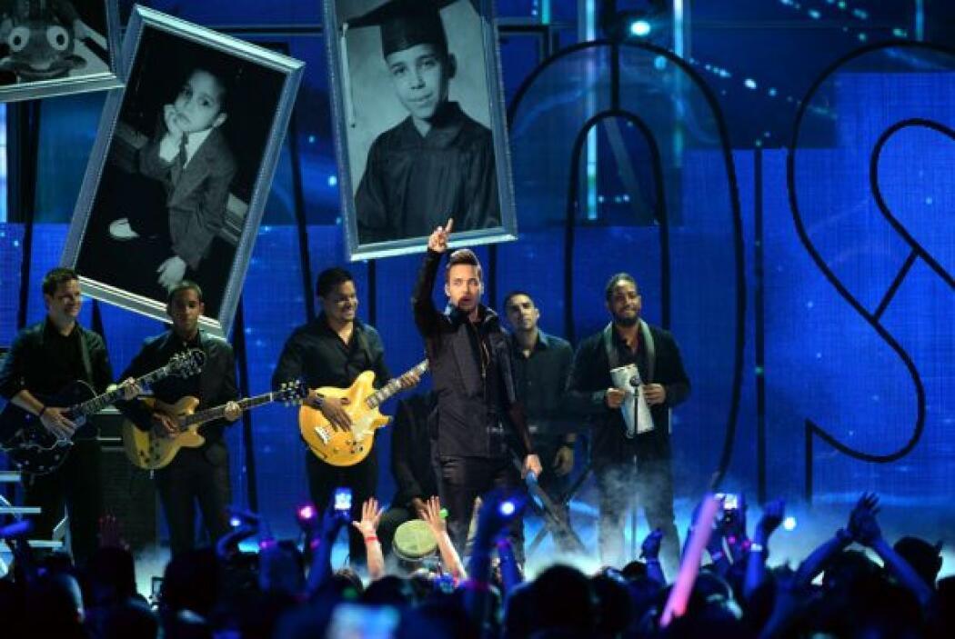 Como toda una estrella brilló sobre el escenario.