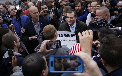 Ted Cruz fue confrontado por seguidores de Donald Trump