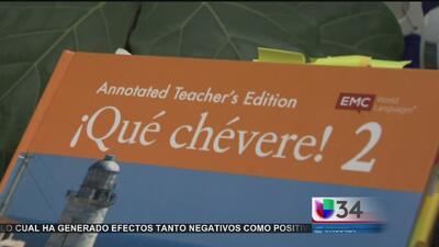 Cancelan compra de libro de texto que discrimina a la cultura hispana