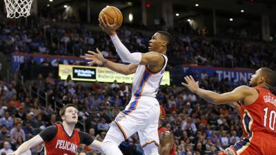 Westbrook brilló con 43 puntos, nueve rebotes y ocho asistencias.