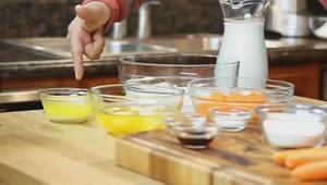 Prepara un rico pastel de crepas de zanahoria