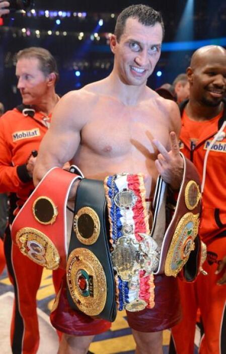 Klitschko retuvo los cinturones OMB, FIB, OIB y FIB.