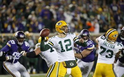 PACKERS VIKINGS
