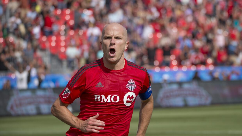 Michael Bradley celebra gol con Toronto FC